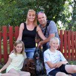 Saga med sin fina familj